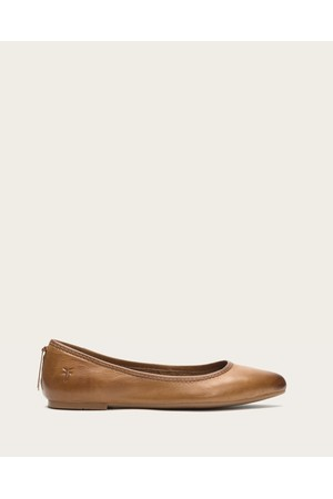 Shop Shoes At Orchard Mile