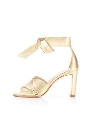 74498c1af70e Shop Shoes   Sandals at ORCHARD MILE