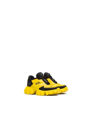593771153e557 Shop Shoes / Sneakers at ORCHARD MILE