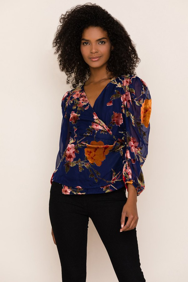 ca7a2bc8dd154 Elite Velvet Top by Yumi Kim at ORCHARD MILE